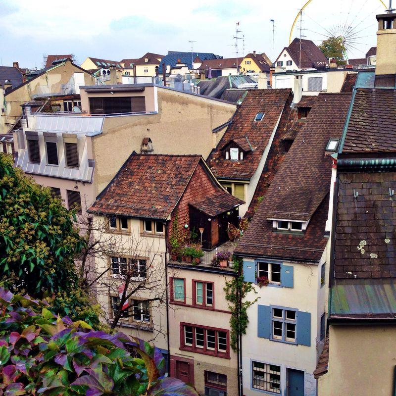 Дом, в который хочется приходить. Швейцария. Базель. Крыши