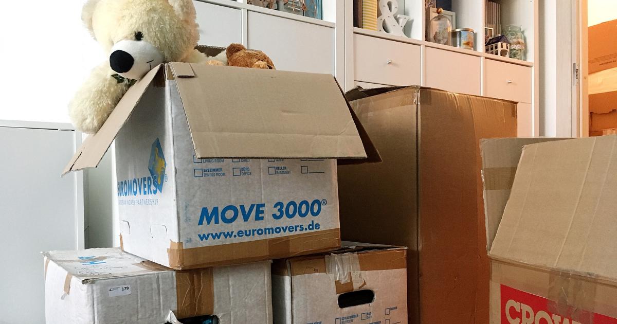 Как упаковать матрас при переезде