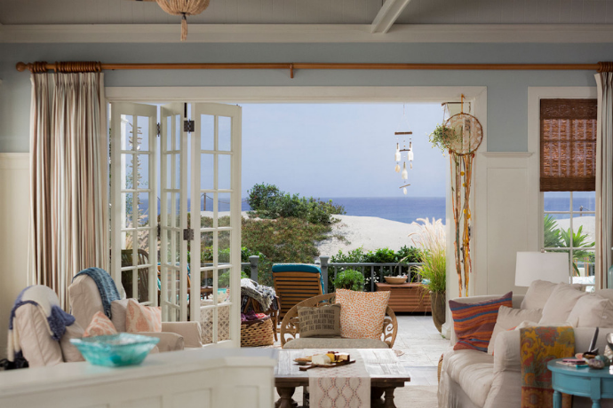 Пляжный дом из сериала «Грейс и Фрэнки» | Блог Варвары Лялягиной «Дом, в который хочется приходить»